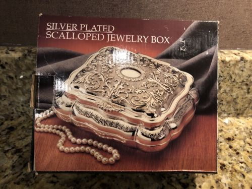 Vtg Silverplate Godinger Jewelry Box  Scalloped Velvet Lined Engravable