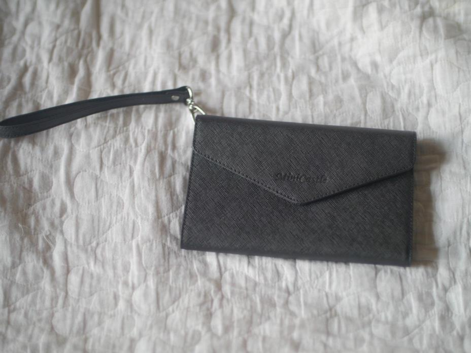 MiniCastle Travel Passport Cover Case Wristlet