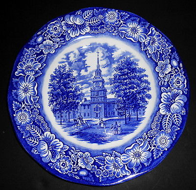 "PAIR OF DINNER PLATES LIBERTY BLUE STAFFORD SHIRE ENGLAND 10"" INDEPENDENCE HALL"
