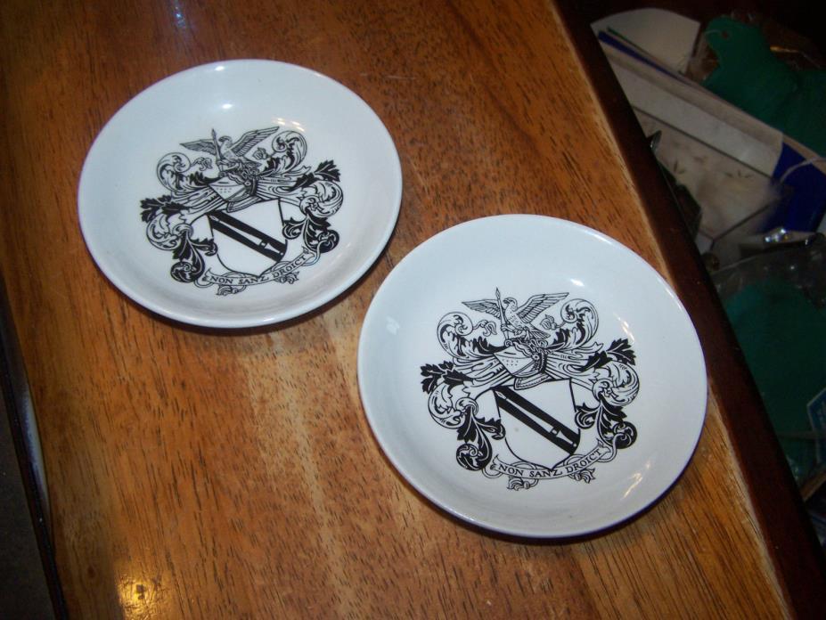 RARE 2 Small Plates SHAKESPEARE EXHIBITION  – HOLKHAM LIDOR POTTERY ENGLAND