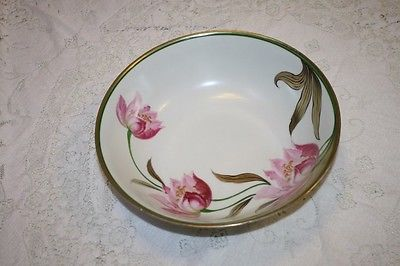 German Bowl Gilt Rim Pink Lilies Flowers Gold Stems 9 3/8
