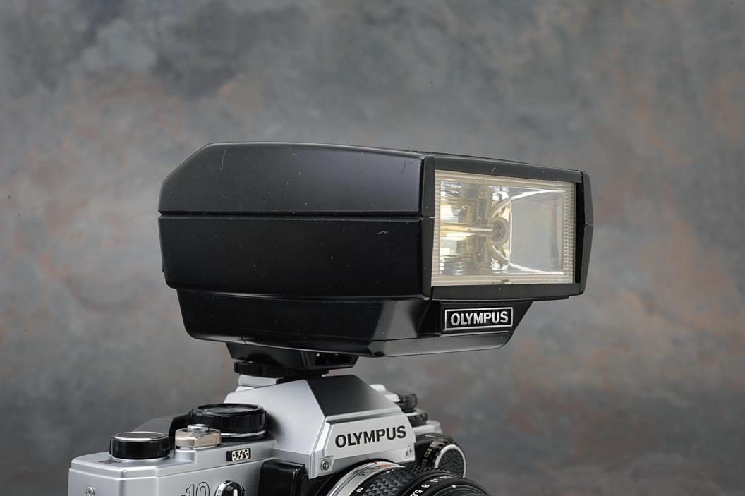 - Olympus T32 Electronic Flash for OM System