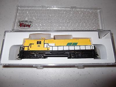 ATLAS 40000345 N Scale C420 High Nose Roberval & Saguenay 35 Locomotive w/o DCC