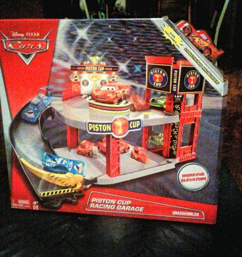 New Disney Pixar Cars Piston Cup Race Garage Playset Lightning McQueen vehicle