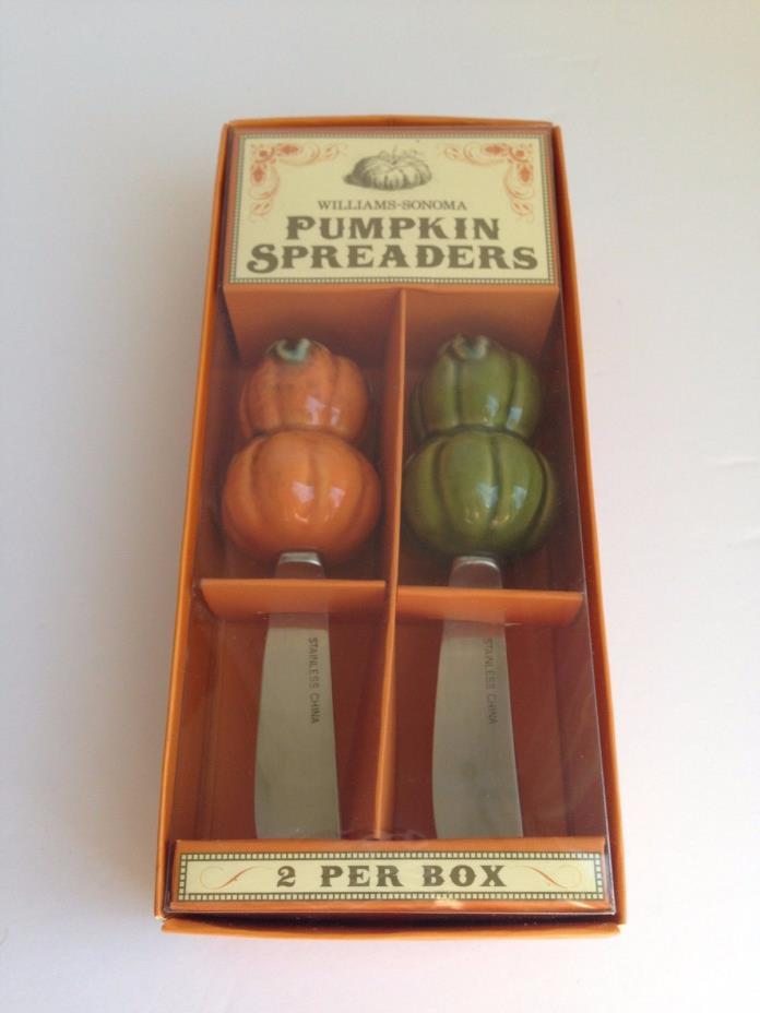NEW IN BOX! WILLIAMS SONOMA Ceramic Pumpkin Spreaders Set Of 2