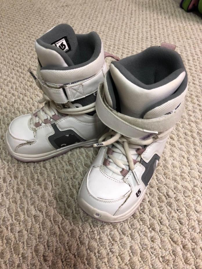 Burton Freestyle Ladies Women Girl Snowboard Boot White/Gray Size 4