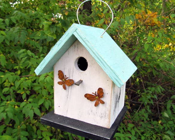 Free Shipping Primitive Hand Crafted Country Birdhouse Rusty Metal Butterfly
