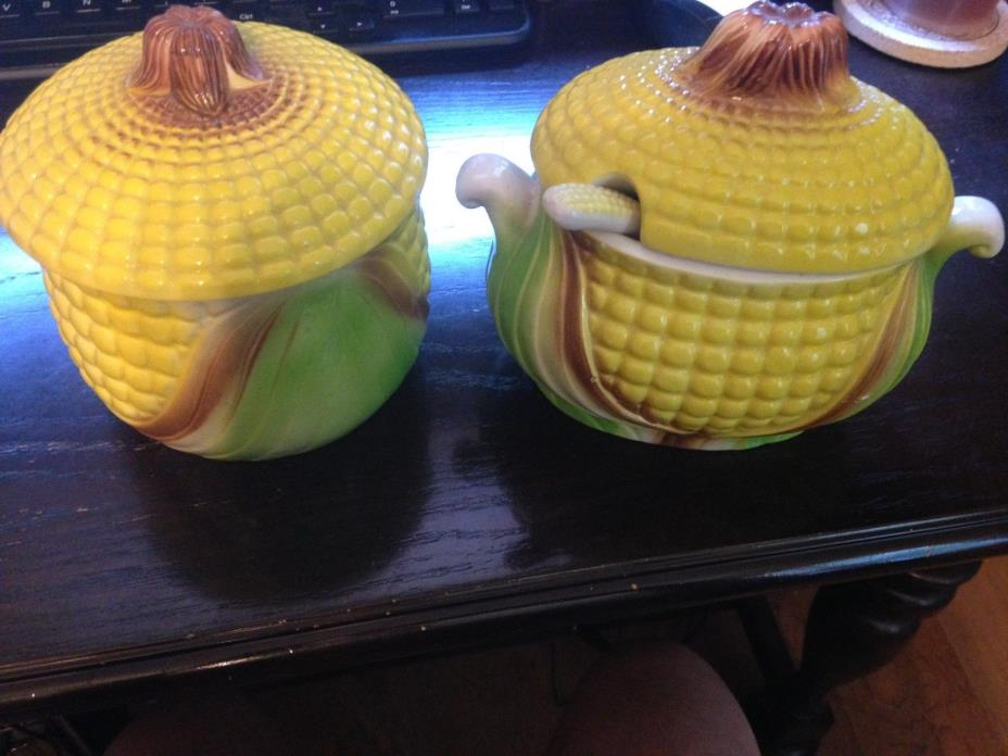 VINTAGE SET OF TWO CERAMIC CORN COVERED DISHES WITH FREE SHIPPING