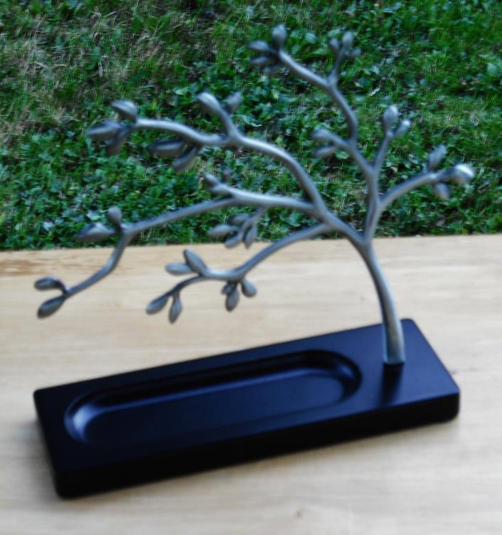 Metal Jewelry Tree  10