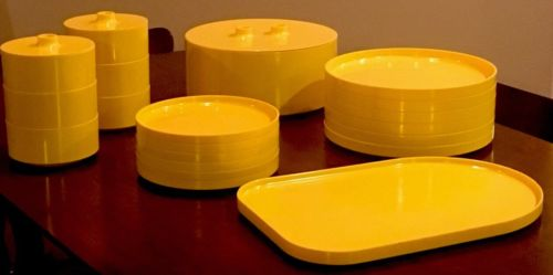 Heller MCM Yellow Massimo Vignelli Italy Set Plates Bowls Tray Serving #123