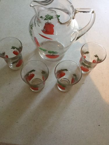 Vintage Retro Juice Pitcher Plus 4 Glasses Tomatoe Motif