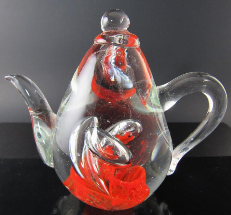 ART GLASS TEAPOT SHAPED PAPERWEIGHT FIGURINE (E42)