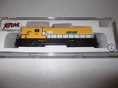 ATLAS 40000359 N Scale C420 High Nose Roberval & Saguenay 34 Locomotive with DCC