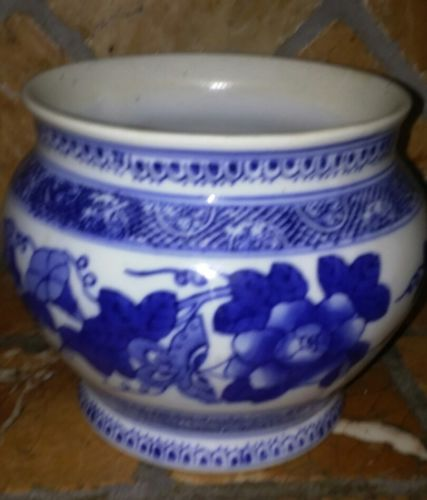 Blue and white decorative floral Planter Chinoiserie style