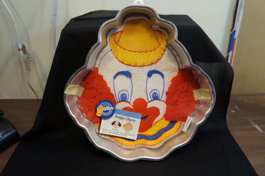 Vintage Wilton Happy Clown Collectable Cake Pan Mold Retired 1989