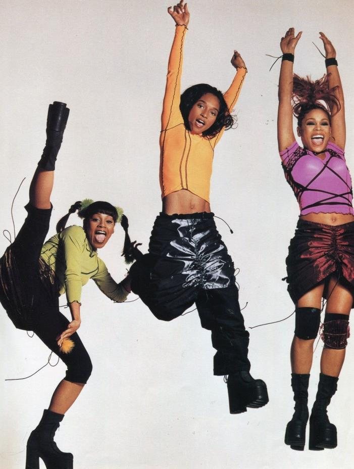 TLC PINUP CLIPPING 90'S LISA LOPES