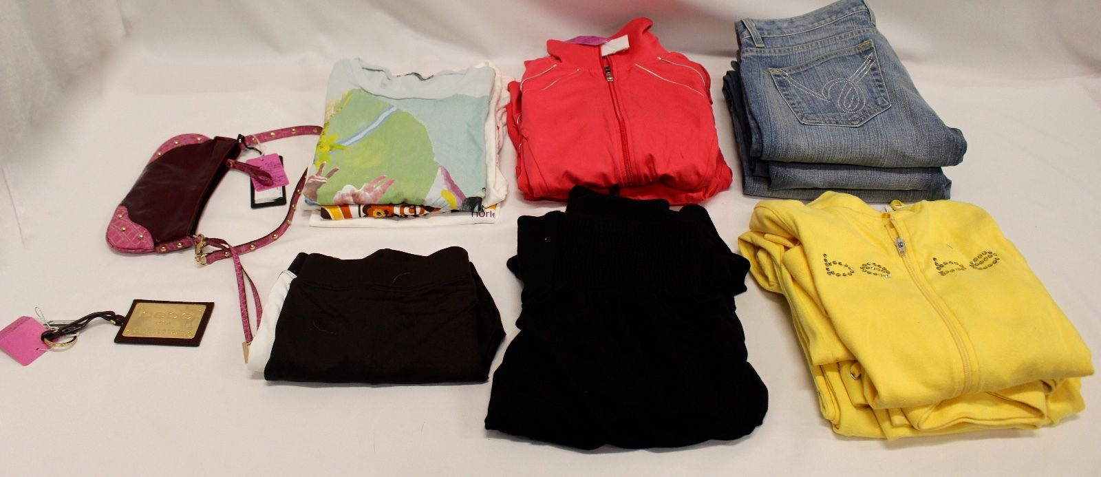 NEW BEBE WOMENS CLOTHING + OTHER ASSORTED ITEMS - FASHION LOT