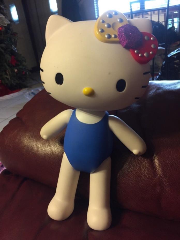 2013 Hello Kitty Sanrio Poseable Blip Vinyl 12