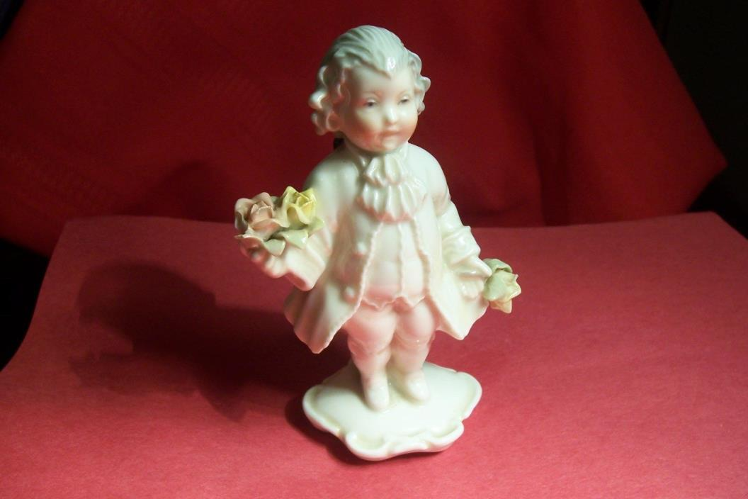 ANTIQUE KARL ENS VOLKSTEDT GERMAN VICTORIAN PORCELAIN FIGURINE, L-B538