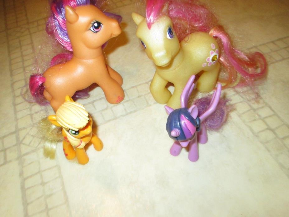 LOT  4 My Little Pony Toy Horses, Dolls tiny
