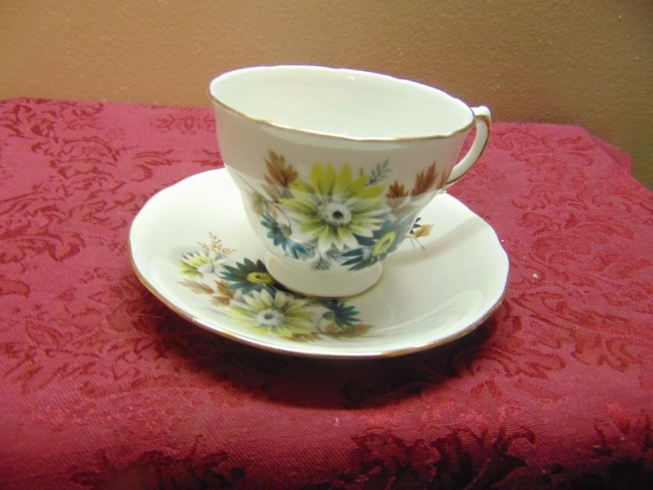 Royal Vale tea cup and Saucer- Fine English Bone China flowers