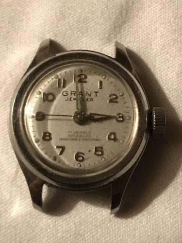 Vintage Harper Watch Co. 17 Jewels Unadjusted Manual-Wind Movement Wrist Watch
