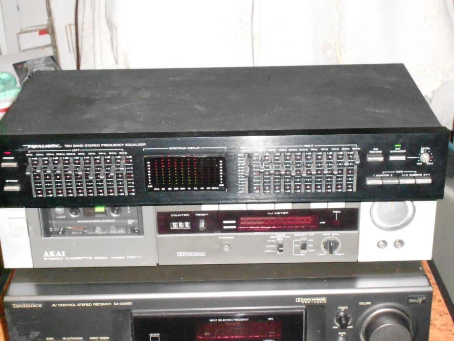 Realistic 10 Band Stereo Frequency Equalizer Spectrum Model 31-2020A