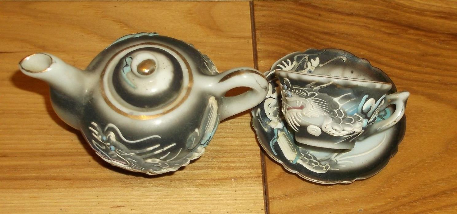 DRAGON WARE DRAGONWARE TEAPOT CUP SAUCER TEAPOT 2 INCHES TALL