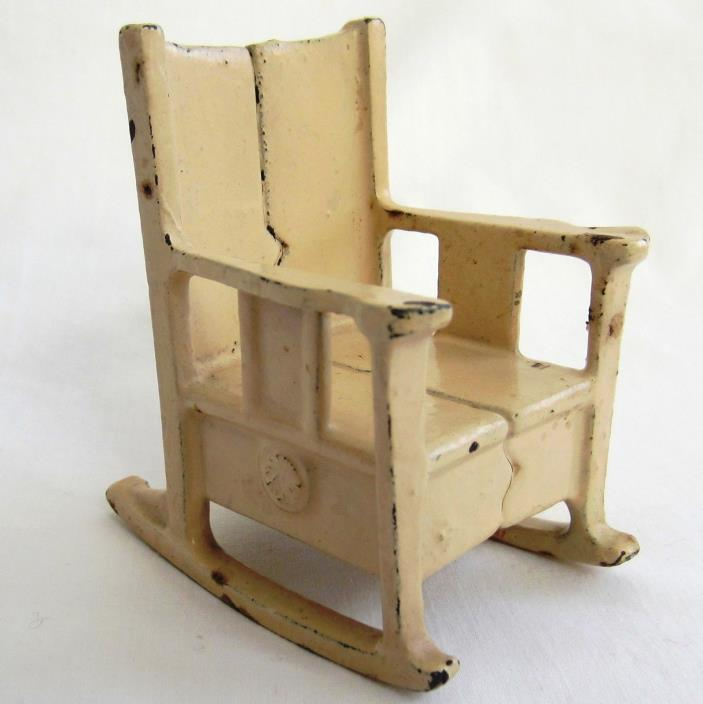Miniature Cast Iron Rocking Chair Toy Dollhouse Miniature