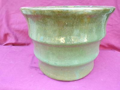 A VERY LARGE HAND THROWN 15 BY 12 20 LB YELLOW WARE POTTERY RINGED PLANTER