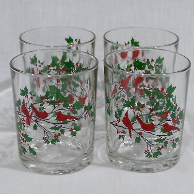 Vintage Christmas Holiday Holly Berries Cardinals Tumblers 4