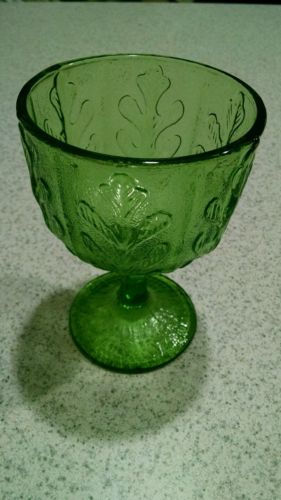 vintage ftd green glass vase. fern pattern.