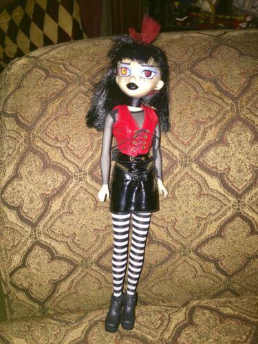 Bleeding Edge Goth Doll BeGoths
