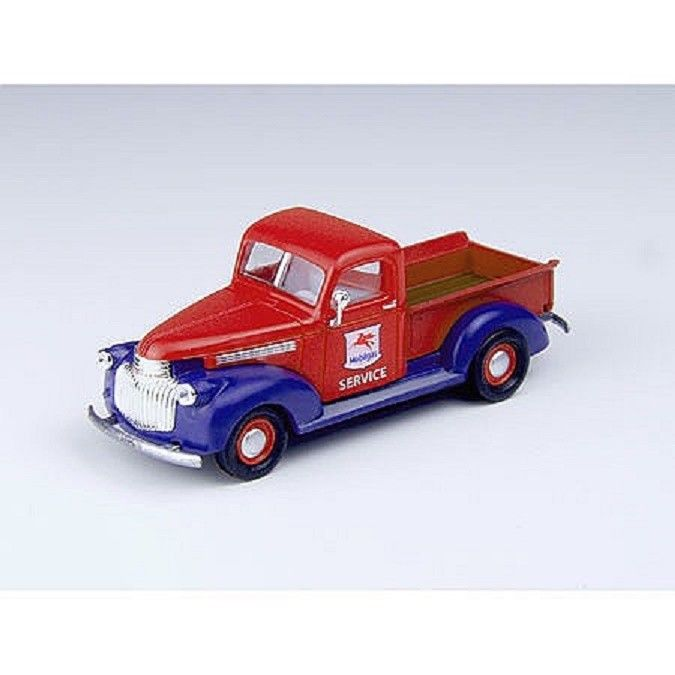 CLASSIC METAL WORKS (HO) 30368 41/46 CHEVY PICKUP TRUCK - MOBIL SERVICE - MINT
