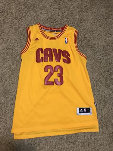 LeBron James #23 Cleveland Cavaliers Stitched Jersey Size Large - China