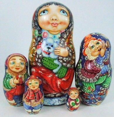 5pcs. Handpainted Russian Nesting Doll