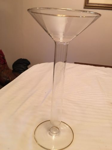 LARGE CLEAR GLASS HOLLOW STEM COCKTAIL GLASS