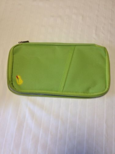 Passprt And Travel Organizer Document Holder Green