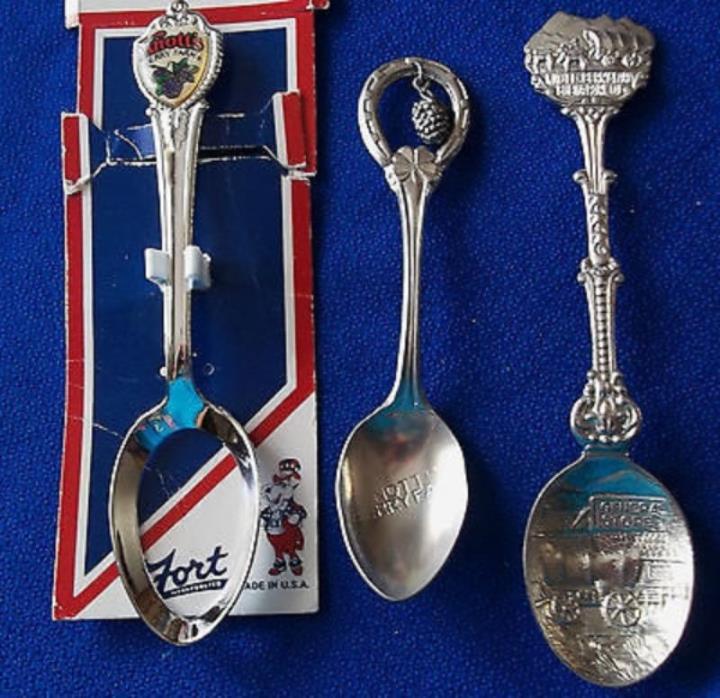 THREE KNOTT'S BERRY FARM California Souvenir Spoons Lot