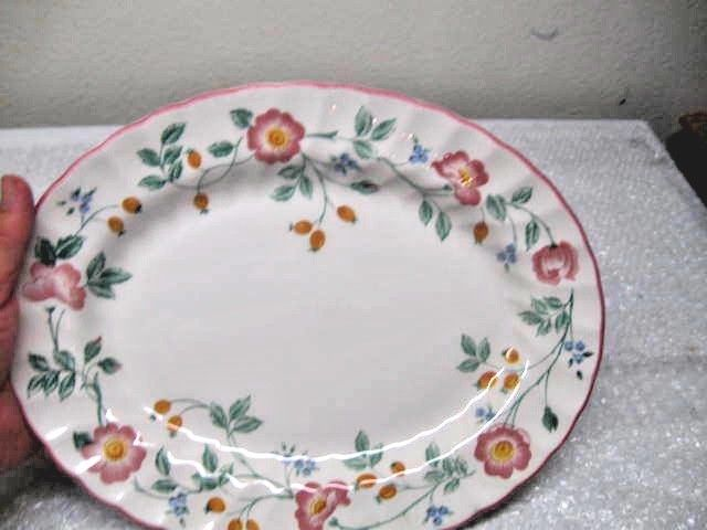 Vintage The Chartwell Collection Briar Rose Churchill Oval Serving Platter