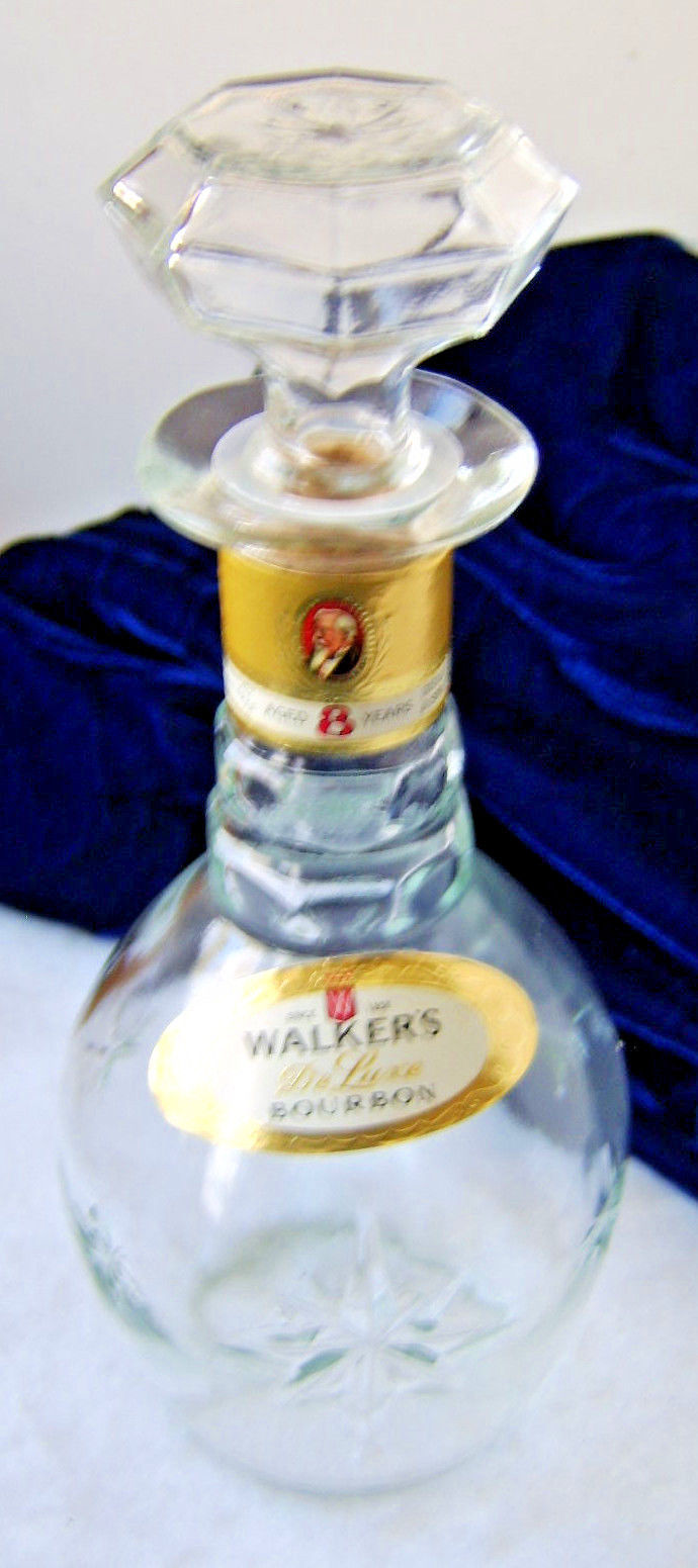 Walker's DeLuxe Bourbon 750 ml Quart Glass Decanter Round Starburst Bottle Empty
