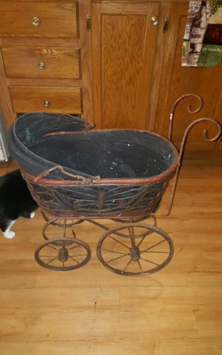 Old Vintage Large Doll Baby Buggy. Old, Dirty and Rusty.