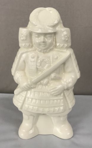 Gekkeikan Sake Standing Japanese Warrior Ceramic White Bottle 6.5