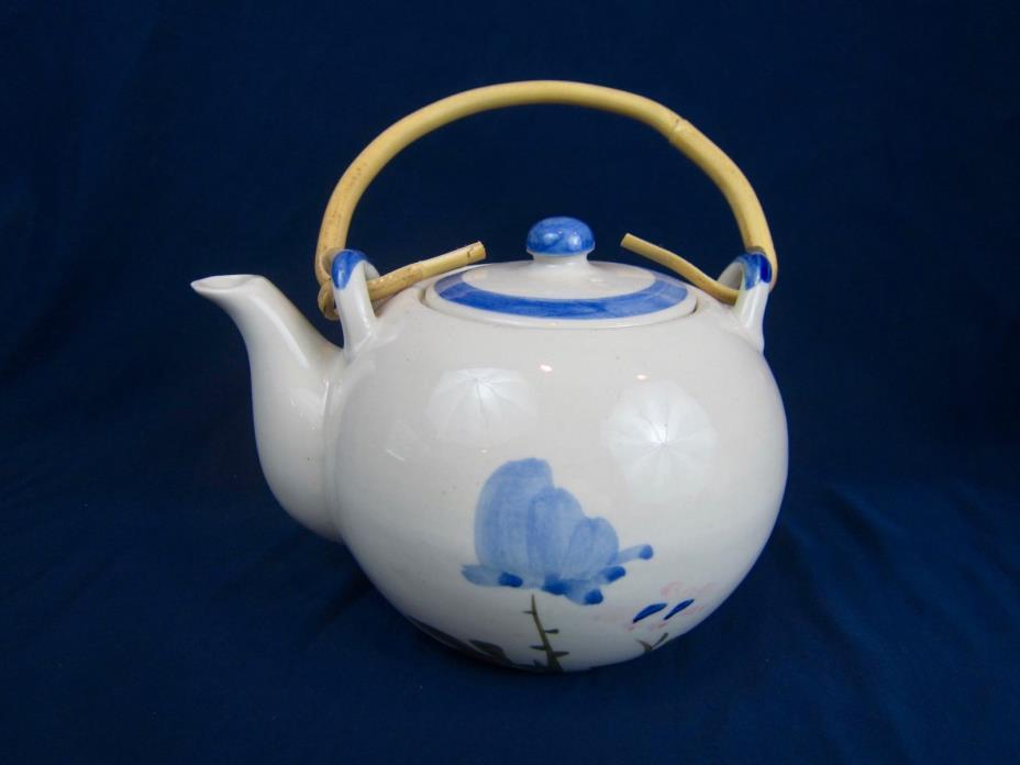 VTG Blue & White Asian Teapot Bamboo Handle 1989 Albert Kessler Co San Fran CA