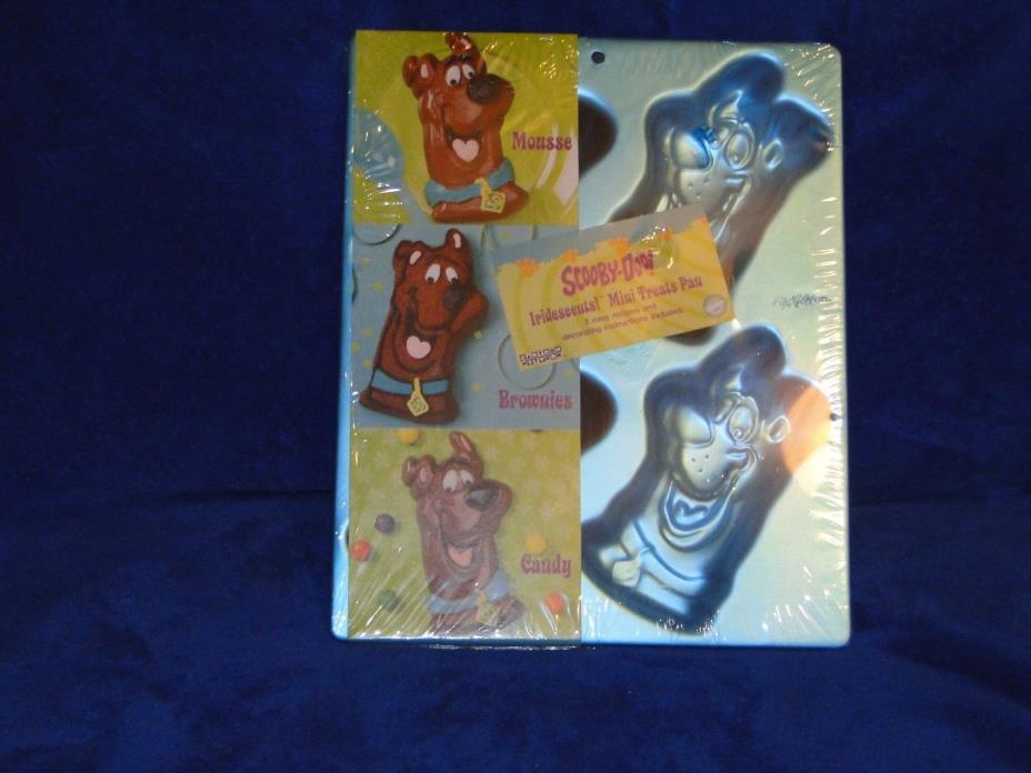New Vintage Wilton Scooby-Doo Iridescents! Mini Treats Pan  stock # 2105-3228