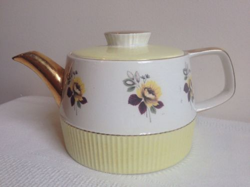 Vintage Gibsons Staffordshire England Yellow Rose Gold Trim Teapot