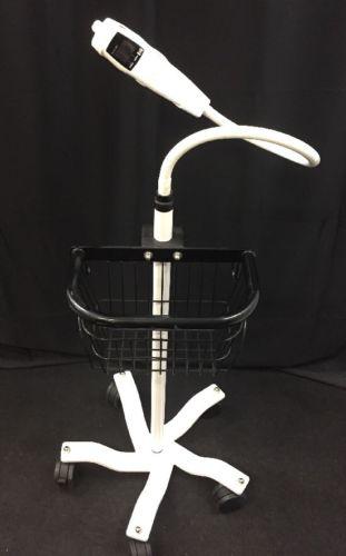 ACCUVEIN ACCUCHECK Vein Finder AV300 w/Wheeled Stand See Listing
