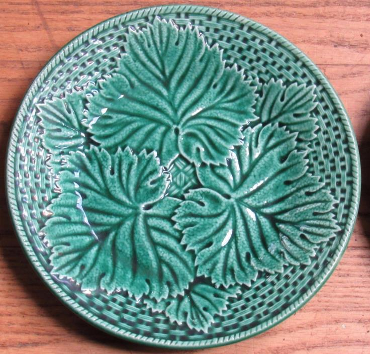 Vintage French 5 Green Plates, Gien France, Grapevine Leaf Pattern, 7.5