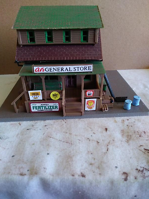 HO SCALE GENERAL STORE