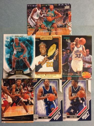 (136) Xavier Musketeers Sports Card Lot! Robinson- Posey- Grant- West